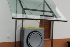 inox nadstrešek z steklom