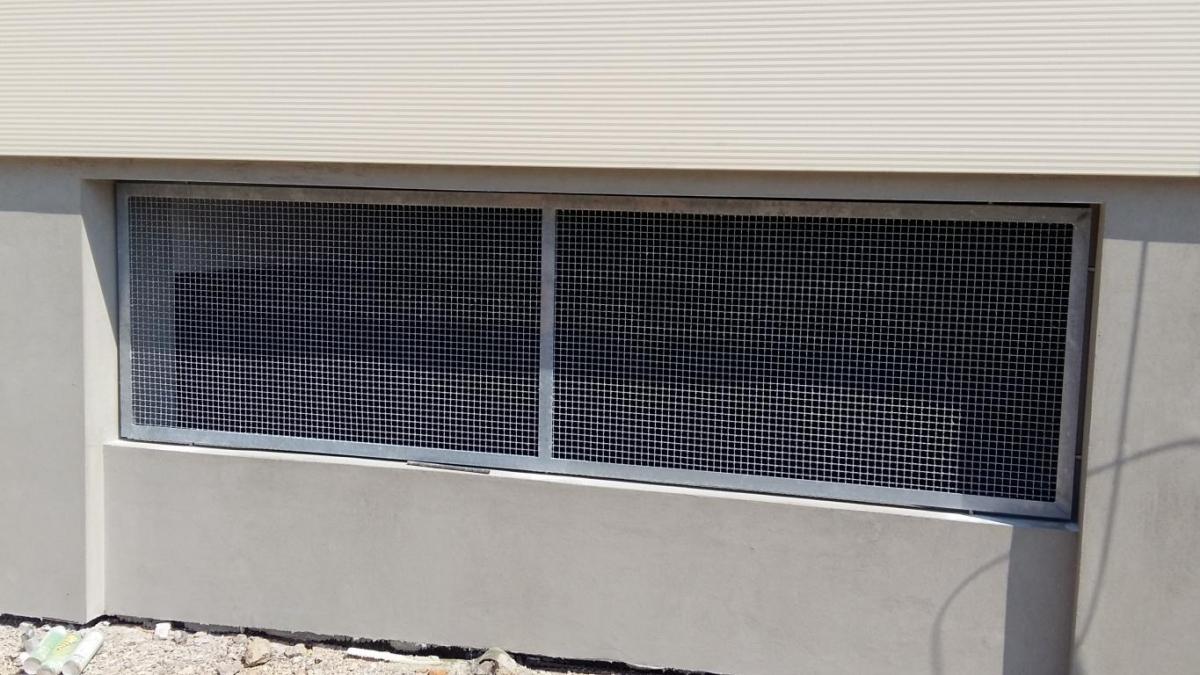 zaščitna mreža za okno