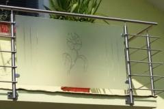 inox ograja iz steklenim polnilnom