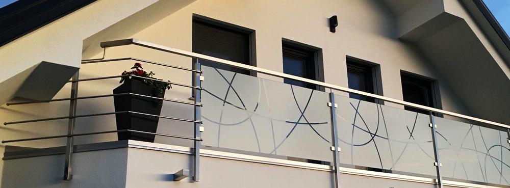 Inox ograje z steklenim polnilom